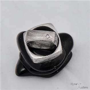 Dámský kovaný prsten Damasteel Kulatýčtvereček