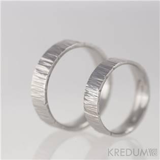 Kované ocelové prsteny Wood světlé - pár