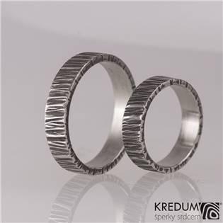 Kované ocelové prsteny Wood tmavé - pár