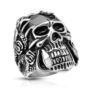 Ocelový prsten lebka