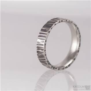 Pánský kovaný ocelový prsten Wood tmavý