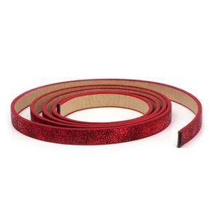 Plochá šňůra ze systetické kůže, červená barva, šíře 10 mm