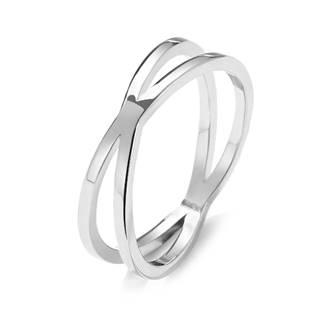 Překřížený ocelový prsten