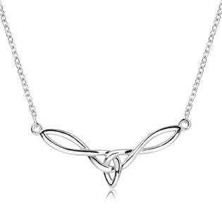 Stříbrný náhrdelník s ornamenty