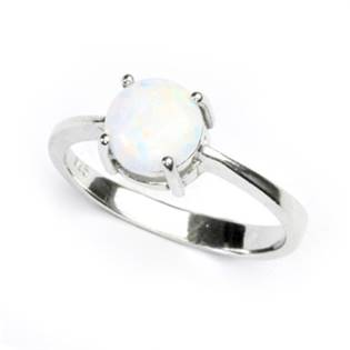 Stříbrný prsten s kulatým bílým opálem