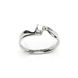 Stříbrný prsten se čirým zirkonem